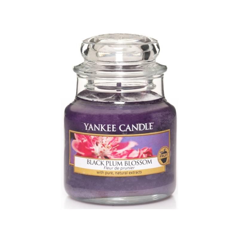 yankee candle housewarmer jar glaskerze klein 104g black plum blossom. Black Bedroom Furniture Sets. Home Design Ideas