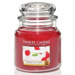 Yankee Candle Jar Glaskerze mittel 411g Cherries On Snow