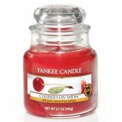 Yankee Candle Jar Glaskerze klein 104g Cherries On Snow